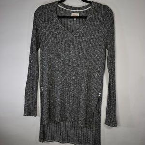 Deletta Anthropologie Ribbed Hi Low Gray Tunic S